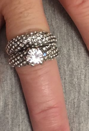 9.25 silver round cut white sapphire wedding rings size 9 for Sale in Nashville, TN