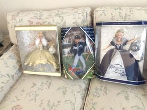 MILLENNIUM AND YANKEE BARBIE DOLLS for Sale in Lakewood Township, NJ