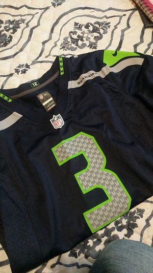 Russel Wilson Jersey for Sale in Snohomish, WA