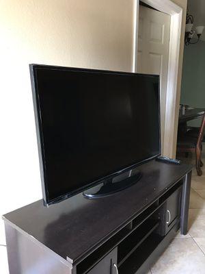 55 inch TV for Sale in Ocoee, FL