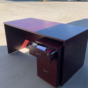 Desk And File Cabinet for Sale in Murrieta, CA