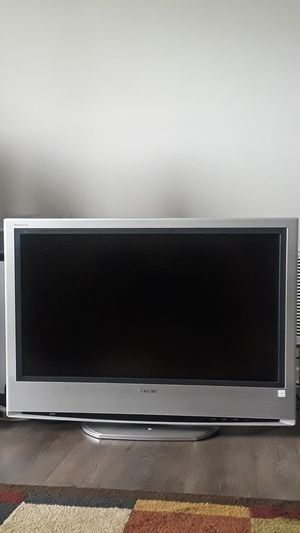 "TV -32"" Sony KLV-S32A10 Bravia, with DVD player for Sale in Smyrna, GA"
