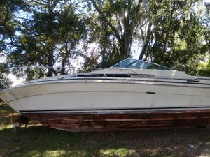 Free Sea Ray Boat for parts u haul for Sale in New Port Richey, FL