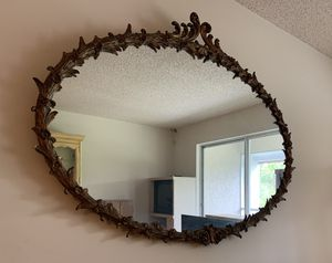 LARGE ANTIQUE MIRROR for Sale in Lauderhill, FL