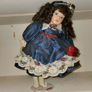 Antique Doll for Sale in Fort Worth, TX