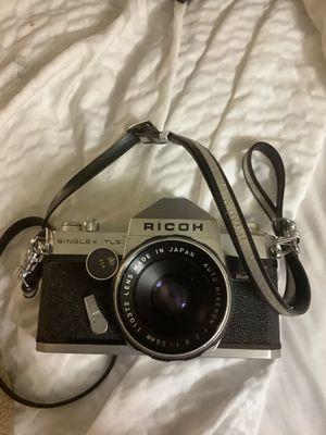 Ricoh TLS singlex camera with Minolta flash bag included for Sale in Rancho Cordova, CA