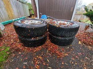 Lt 275/70 R18 for Sale in Gresham, OR