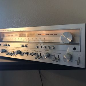 Vintage Pioneer SX-950 Stereo AM/FM Receiver for Sale in Visalia, CA