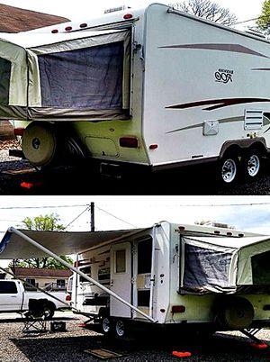 19ft. hybrid camper Rockwood ROO Forest River 09 for Sale in Fullerton, CA