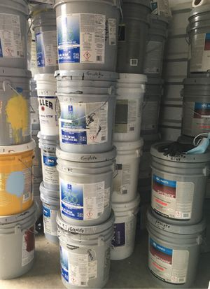 Lots of Paint and Primer for Sale in Auburn, WA