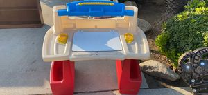 Kids desk for Sale in Clovis, CA