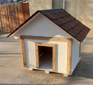 Custom Made Dog House for Sale in Wasco, CA