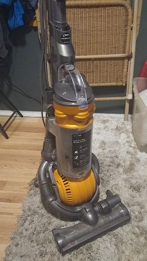 Dyson DC25 All Floors Vacuum Cleaner for Sale in Tacoma, WA