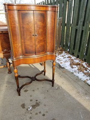 Antique cabinet for Sale in Willowick, OH