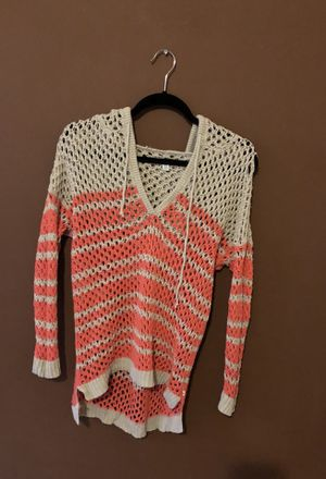 Sweater with hoodie pink and tan size medium for Sale in Port St. Lucie, FL