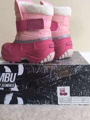 """Kids snow boots size """"6"""" for Sale in Bowie, MD"""