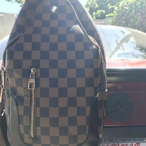 Louis Vuitton Shoulder Bag for Sale in Cypress, CA