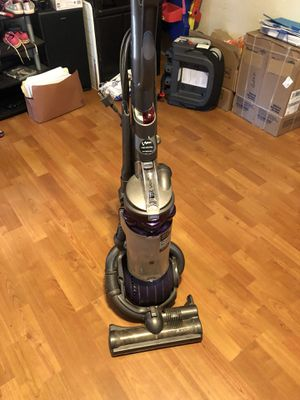 Only 2 years old Dyson Vacuum DC25 for Sale in High Point, NC