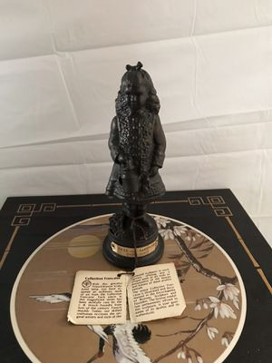 Bronze signed H KALISH COLLECTION FRANAISE 7» statue girl with watering can d'après Renoir. Come with certificate of authenticity and front plaque. for Sale in Freeport, NY
