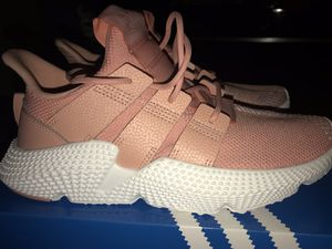 Adidas Prophere J for Sale in Hapeville, GA