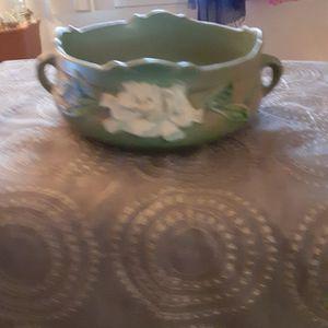 Roseville Pottery 626.6 for Sale in Carson City, NV