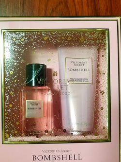 Victoria secret Bombshell Gift Set for Sale in Monrovia,  CA