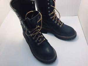 Nice redwings boots genuine leather size 7.5 Work steel toe for Sale in Bolingbrook, IL