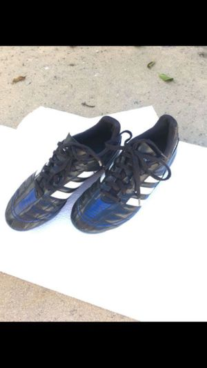 Kids outdoor soccer player shoes , adidas $12 for Sale in Burbank, CA