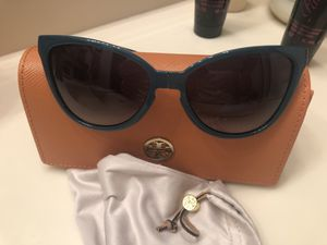 Authentic Tory Birch blue sunglasses for Sale in FL, US