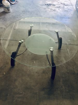 Coffee table for Sale in Trabuco Canyon, CA