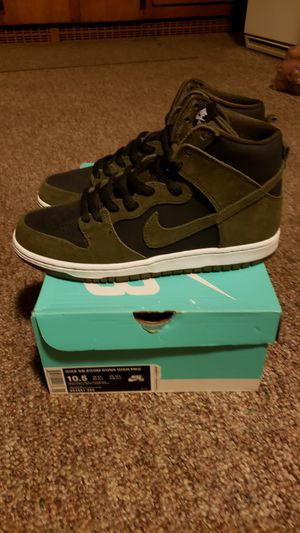 Nike SB OLIVE HIGH Zoom Air for Sale in Lincoln, RI