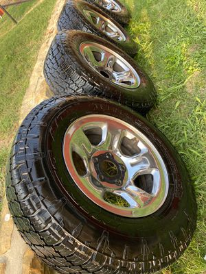 Rims 17 y llantas para ram 2007/2016 for Sale in Fort Worth, TX