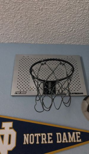 Basketball 🏀 Hoop heavy Duty indoor like new for Sale in Golden Hills, CA