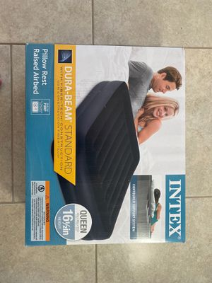 Air bed new unopened. Intex durabeam 16.5 inch air bed with electric pump. Never used and in unopened box for Sale in Bradenton, FL