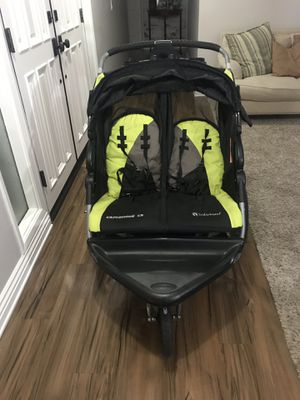 Expedition EX Double Stroller with MP3 speakers $100 for Sale in Riverside, CA
