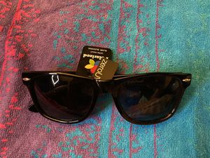 Sunglasses for women or men for Sale in Fontana, CA