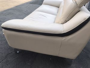 Nice leather sofa for Sale in Azusa, CA