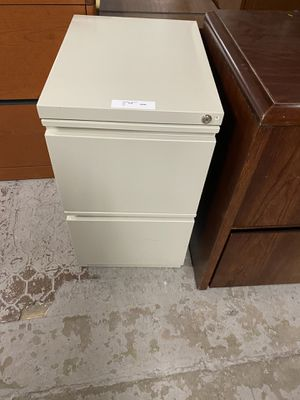 Two drawer file cabinet no key $35 for Sale in Cheshire, CT