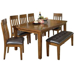 Dining room table for Sale in St Louis, MO
