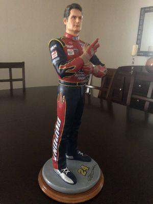 """""""Jeff Gordon Adjusting Gloves"""" Statue - NASCAR 19"""" for Sale in Strongsville, OH"""
