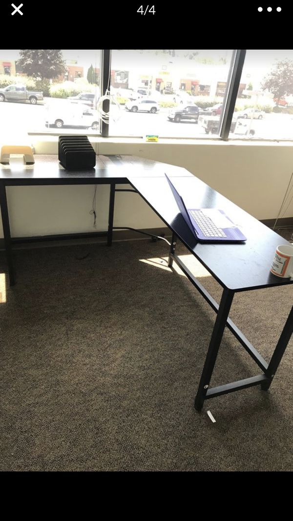 4 DESKS LEFT! MUST SELL BY FRIDAY