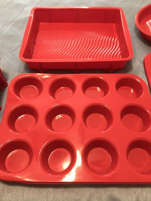 Silicone Bakeware Set for Sale in Ellenton, FL