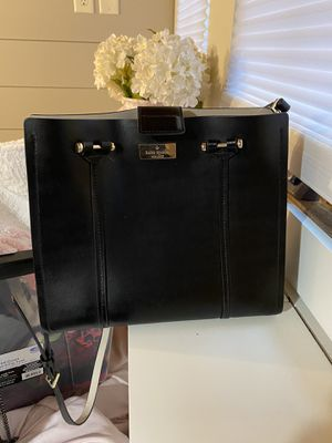 Kate spade brand New Satchel crossover for Sale in Roy, WA