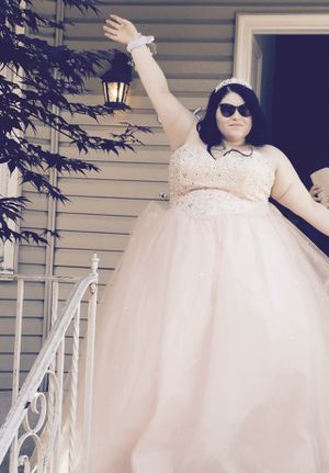 Plus size Princess Style Prom Dress/Sweet 16/Quincenera for Sale in Brooklyn, NY