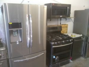 Samsung stainless steel Kitchen appliances complete set of brand new for Sale in Gardena, CA