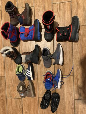 Boy shoes size 4.5T-9T for Sale in Chicago, IL