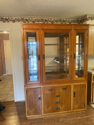 China cabinet for Sale in Bolingbrook, IL