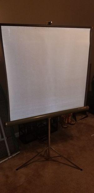 Vintage Tripod projector screen for Sale in Belton, SC