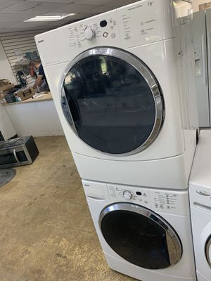 Kenmore set washer and dryer electric stackable for Sale in Dearborn, MI