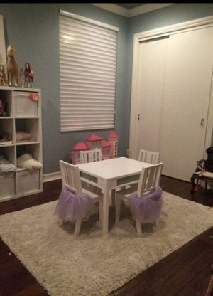 Kids table and chair set for Sale in Tamarac, FL